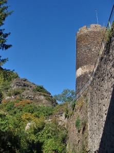 Blick von Burg Bischofstein auf den letzten Kletterpfad