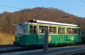 Dragon-Peak-Train