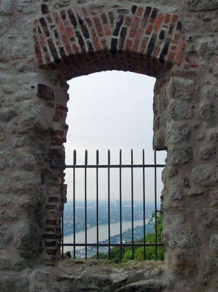 am Drachenfels - Blick auf Bonn