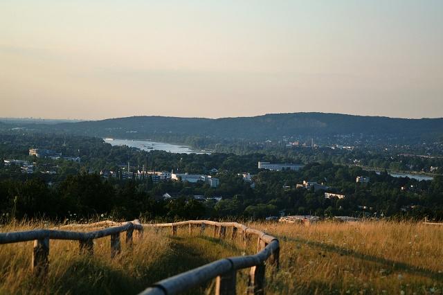 Blick auf Rüngsdorf und Königswinter