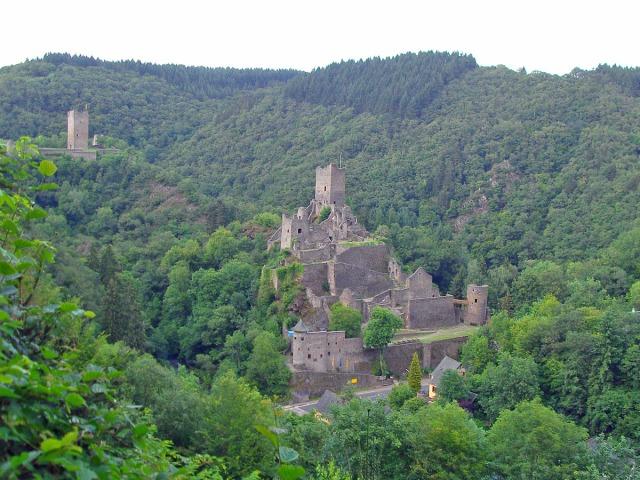 nach 28km ein letzer Blick auf die Burgen