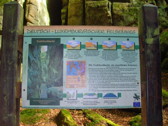 Tafeln informieren über die Entstehung