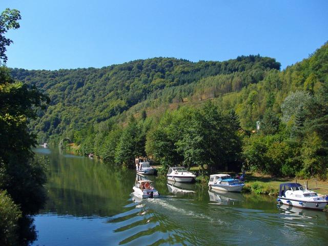 Boote an unserem ersten Rastplatz in Laurenburg