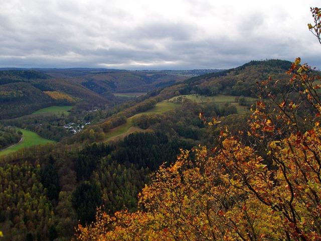 Blick auf den Burgberg und den Krawutschketurm