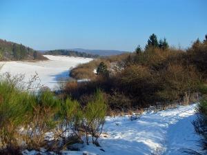 Ginster, Schnee und Weitblicke
