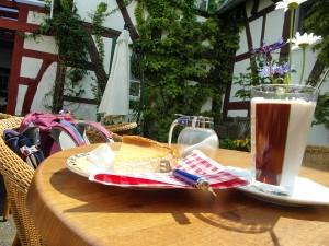 Kaffee & Kuchen im Zehnthof