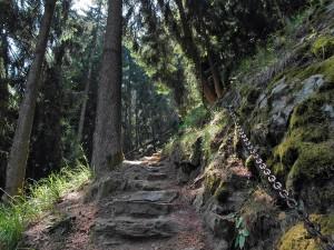 Der Weg schraubt sich empor