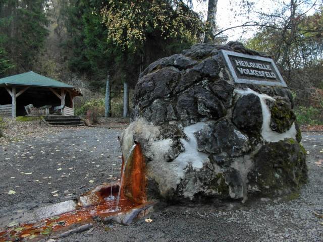 Sauerbrunnen Heilquelle Volkesfeld