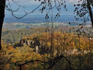 Wirkt wie eine Burg: der Stenzelberg