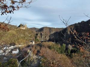 Burg Are und der Felsenpfad