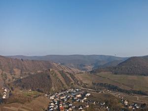Saffenburg, Mayschoß und Rech