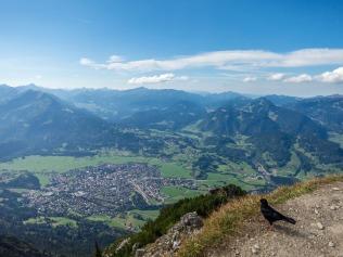 Blick auf Oberstdorf und ins Kleinwalsertal